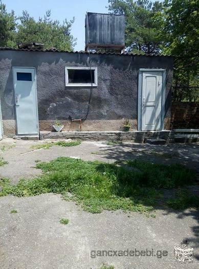 იყიდება კერძო სახლი თეთრი წყაროში.